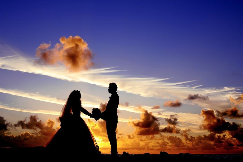 maldives-sunset-wedding-bride-37521