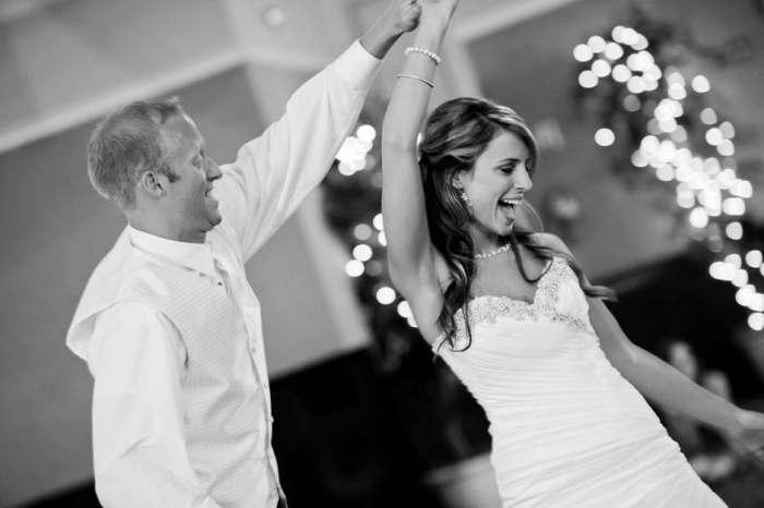 wedding-party-dance-bride-163219